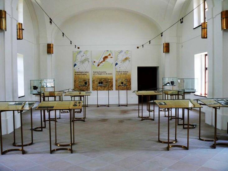 kopcany muzeum - 1