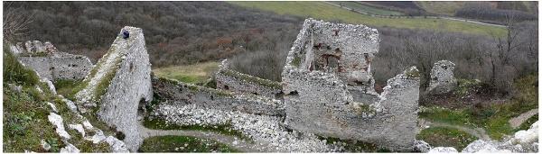 plavecky-hrad-zhora